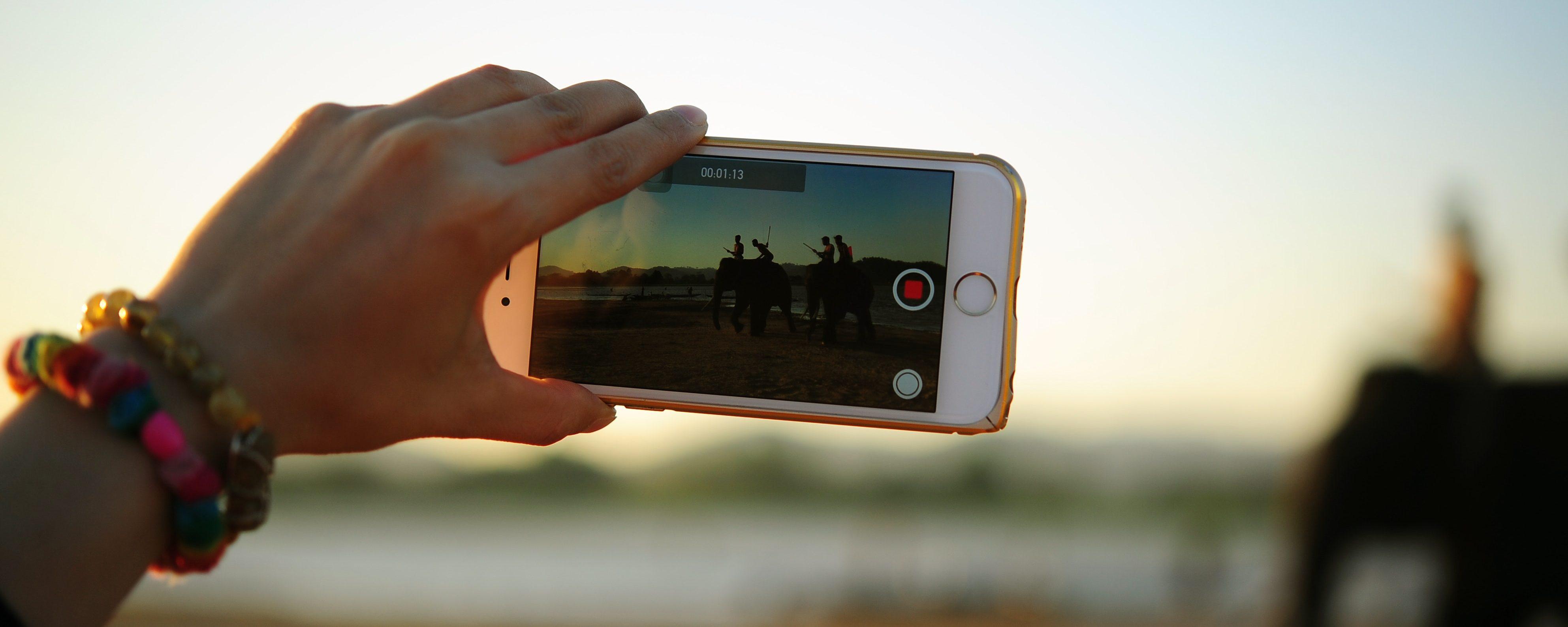 Facebook: nuova app per i videomaker. Ecco Creator