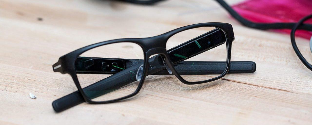 Smart Glass: i Big della tecnologia continuano ad investire